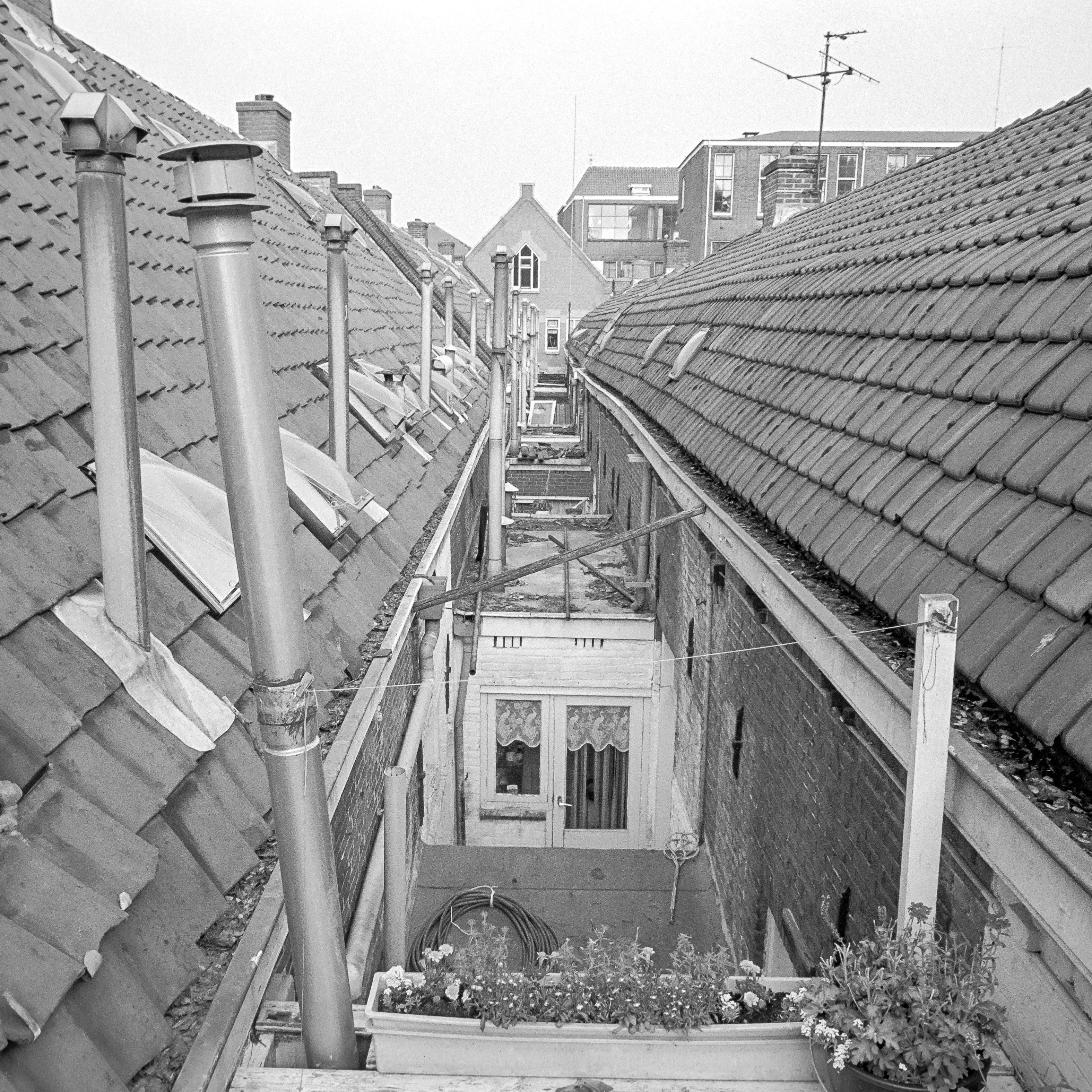 Burenpraatje tussen Kockstraat en Brouwerstraat 1990